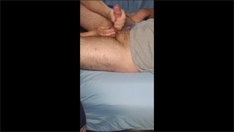 [Full HD] milf gives perfect egdging handjob until cumshot   - DulceDeLecheToes - -00:13:02   Milf, Tit Cumshot, Big Dick - 182 MB
