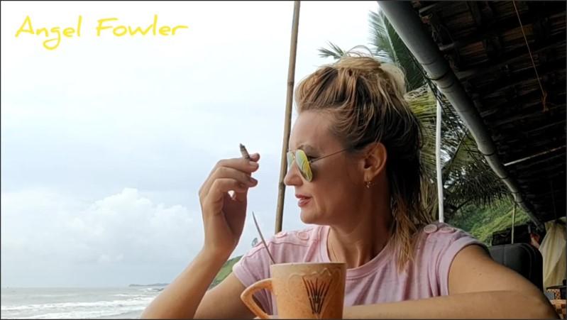 [Full HD] angel fowler and dani danger smoking having tea and conversation in beach restaurant   - Angel Dani Fowler - -00:10:46 | Mother, Teen Glasses, Most Beautiful Girl - 218,1 MB
