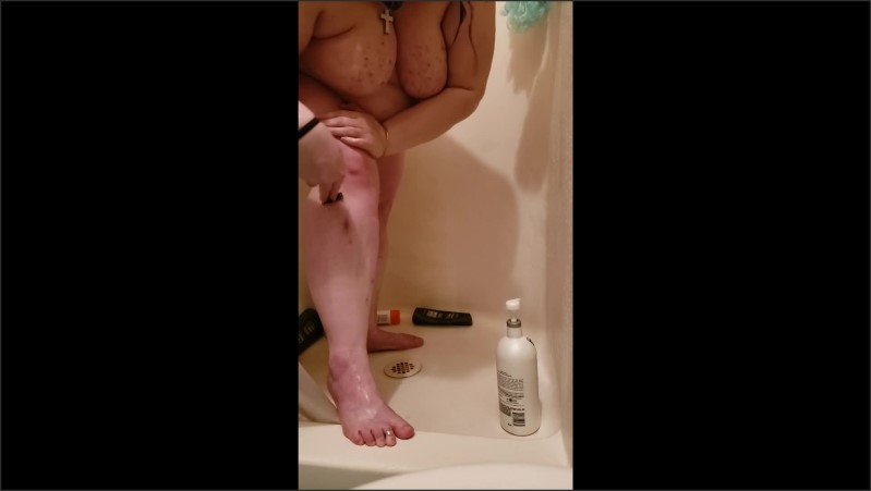 [Full HD] bbw shaving legs in the shower   - GidgetX - -00:13:20 | Shower, Thick Thighs - 179,5 MB