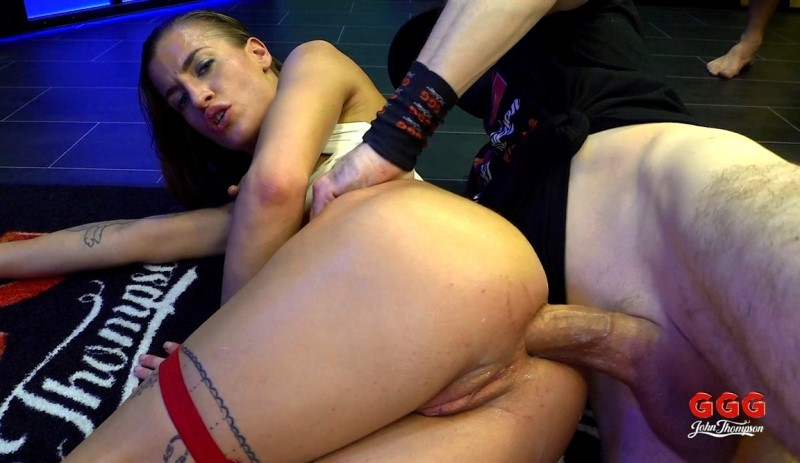 [Full HD] Bukkake Anal 1 with Silvia Dellai - Silvia Dellai - SiteRip-00:28:43 | Facial, Bukkake, Cumshots - 2,5 GB