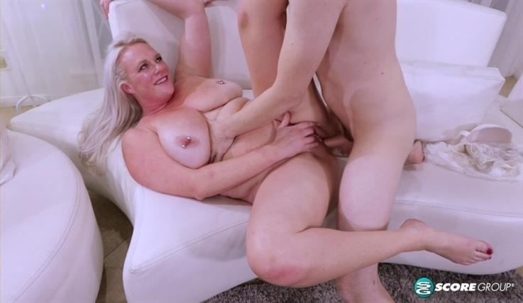 [Full HD] Cameron Skye - Worships The Cock 13.11.20 - Cameron Skye - SiteRip-00:25:20 | Cuckold, Pussyeating, Creampie - 1,4 GB