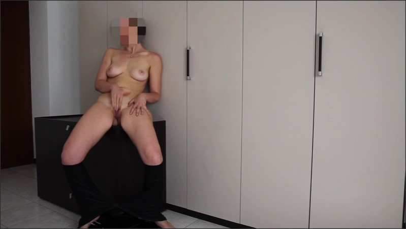 [Full HD] catsuit dancing and gets to orgasm   - Fryiaa - -00:10:05 | Masturbation, Solo Female, Catsuit - 125,7 MB