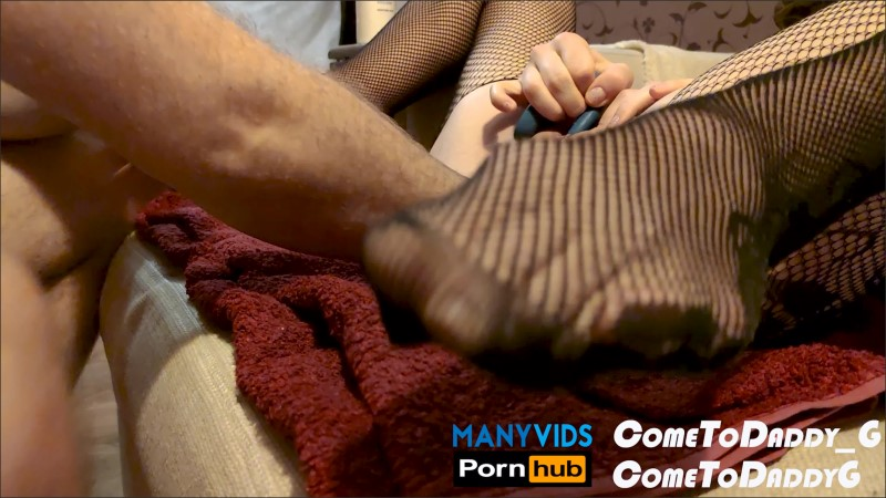[4K Ultra HD] cometodaddy g fisting my neighbor's dirty hole - ComeToDaddy G - ManyVids-00:06:31 | Size - 1,1 GB