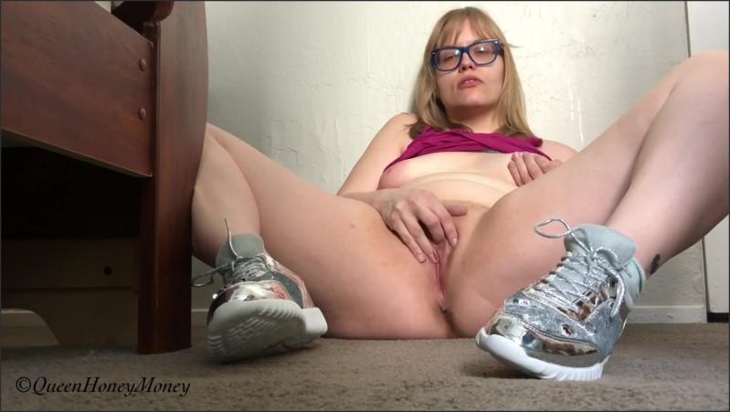 [Full HD] cumming in new sneakers   - queenhoneymoney - -00:15:22 | Verified Amateurs, Sneakers - 576,2 MB