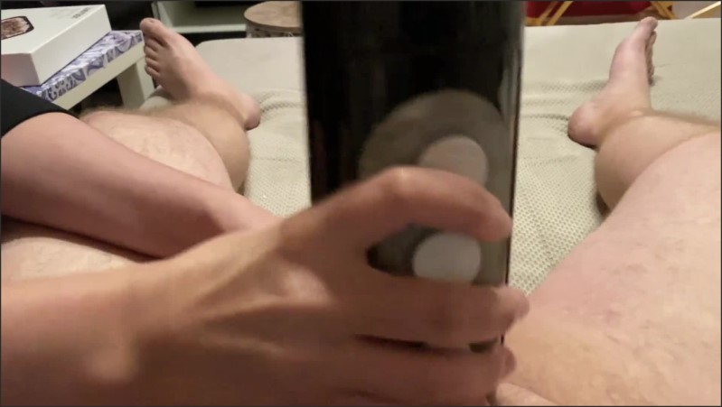 [Full HD] czech milf wife use tenga flashlight to tease hubby until big orgasm   - familyorgasm - -00:06:28 | Handjob, Masturbate - 106,4 MB