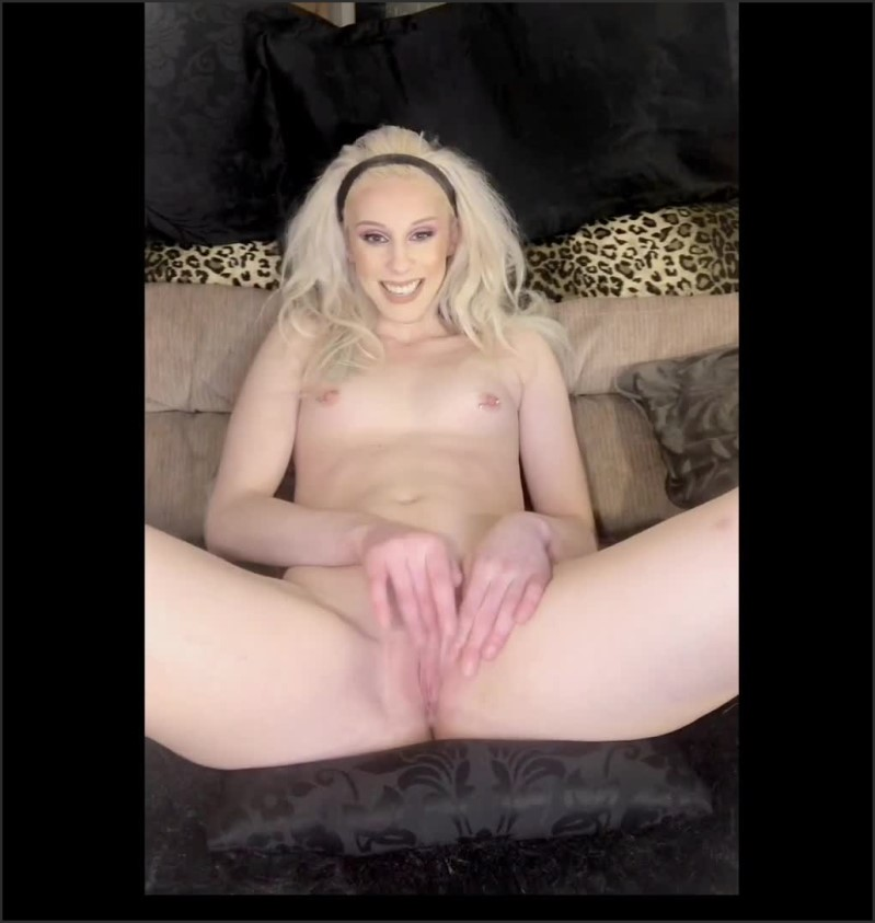 [SD] exploring my sexual fantasies while i masturbate   - Natalie Price - -00:10:36 | Babe, Blonde, Teen - 118,4 MB