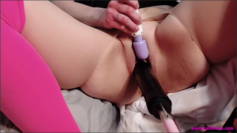 [Full HD] gushing on my sex machine   - Calli Minx - -00:06:46 | Pantyhose, Masturbation - 145,8 MB