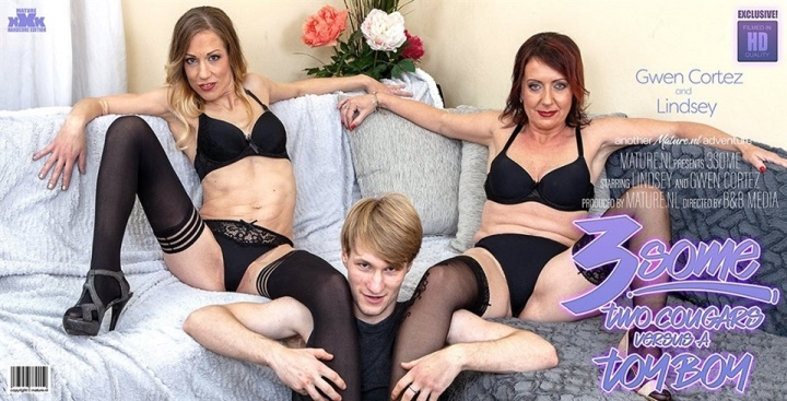 [Full HD] Gwen Cortez - A hot threesome with a toyboy and two horny - Gwen Cortez (37), Lindsey (46) - SiteRip-00:33:24 | Masturbation, Old - 1,6 GB