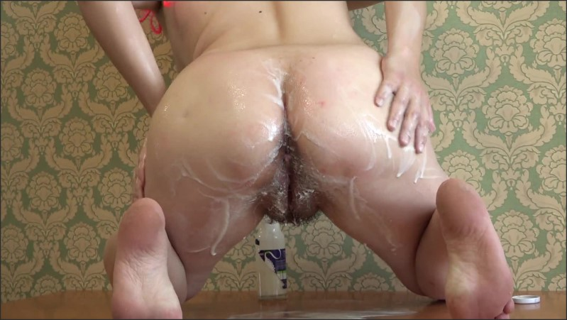 [Full HD] housewife milf with hairy pussy masturbates in the kitchen big nipples   - Mature-Milf - -00:10:43 | Hairy Pussy, Female Orgasm - 254,8 MB