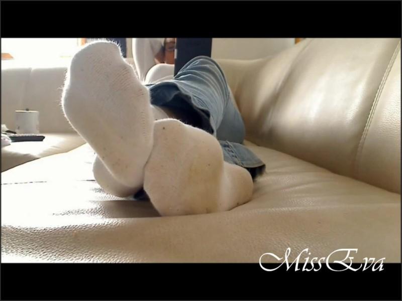 [Full HD] ignore cam feet fetish pieds en chaussettes socks feet   - MissEvaFrench - -00:20:36 | Socks, Feet Ignore - 160,4 MB