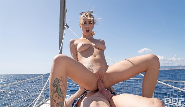 [HD] Lya Missy - Kinky Cruising - Mix - SiteRip-00:22:10   Hardcore, All Sex, Cum In Mouth - 679 MB