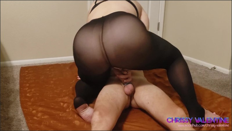 [Full HD] milf fucked in her ripped nylons blowjob cock riding doggy style and cream pie finish   - Chrissy Valentine - -00:11:23   Doggystyle, Verified Amateurs - 227,1 MB