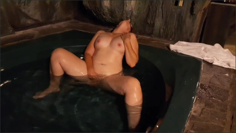 [Full HD] nymph plays with herself in her secret grotto hot tub   - Slippery When wet tv - -00:07:15 | Grotto, Perfect Tits - 184,9 MB