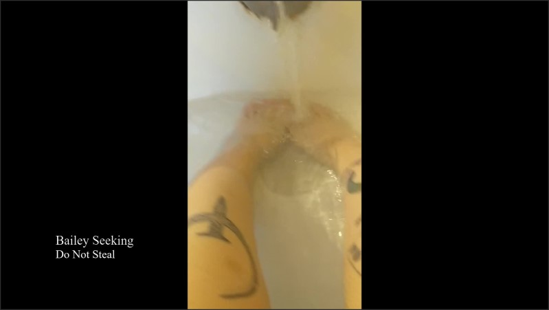 [Full HD] pruney bathtub foot fetish   - SeekingBailey - -00:06:10 | Feet Worship, Bathtub, Foot Fetish - 115,1 MB