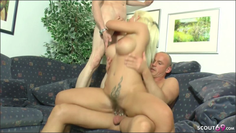 [Full HD] real german mature couple at threesome with and wife changing   - MILF-Nadja - -00:20:44   Deutsches Paar, Threesome, Deutscher Dreier - 485 MB