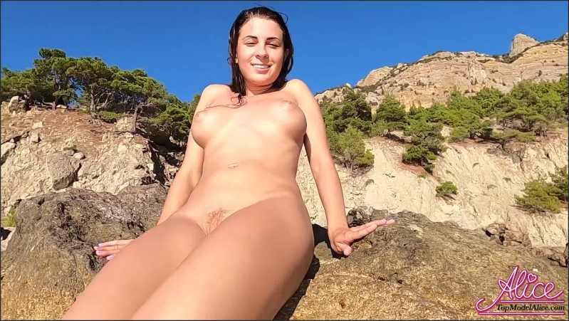[Full HD] sexy brunette passionate fingering pussy outdoor on the sea   - AliceKellyXXX - -00:16:35 | Masturbate, Verified Amateurs, Public Nudity - 923,1 MB