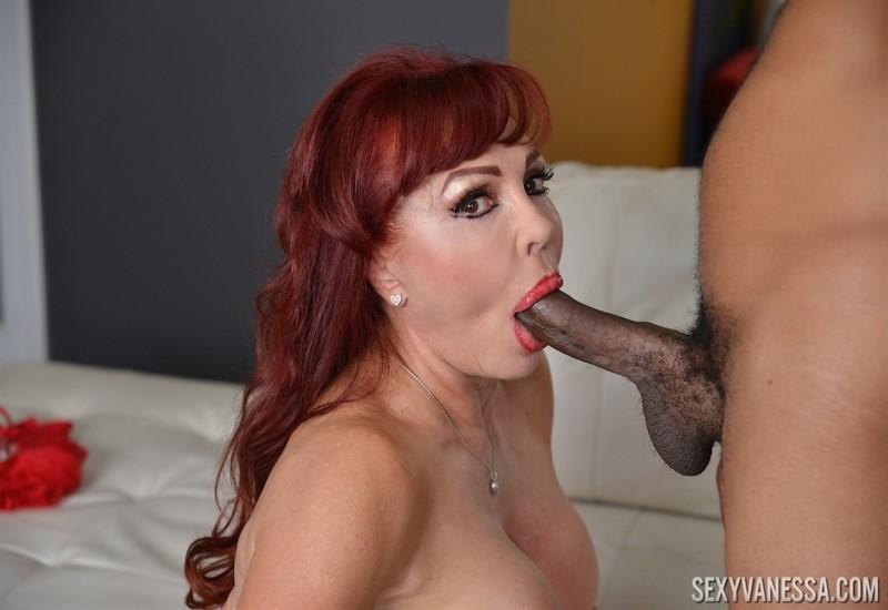 [4K Ultra HD] Sexy Vanessa - Interracial Mouth Fucking (4K UHD) - Mix - SiteRip-00:09:17 | Blowjob, Gagging - 685,7 MB