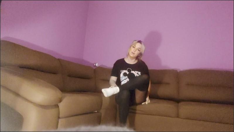 [Full HD] streng foot fetish from gimnastic girl   - Nadi Zabava - -00:07:50 | Gimnastic, Foot Fetish, Nylon - 207,7 MB