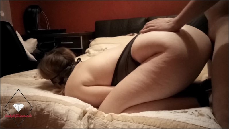 [Full HD] wife gets bound and used fucked in every hole with cum on hair   - LadyOfDiamonds - -00:21:28 | Leather, Handcuffs, Anal - 315,3 MB