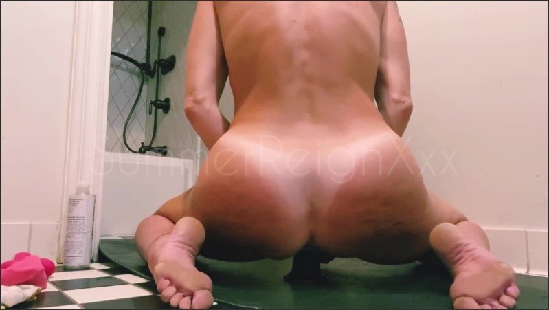 [Full HD] yoga and masturbation with milf summerreignxxx and her 9 in dildo   - SummerReignXxx - -00:26:28   Puffy Pussy, Mature - 544,5 MB